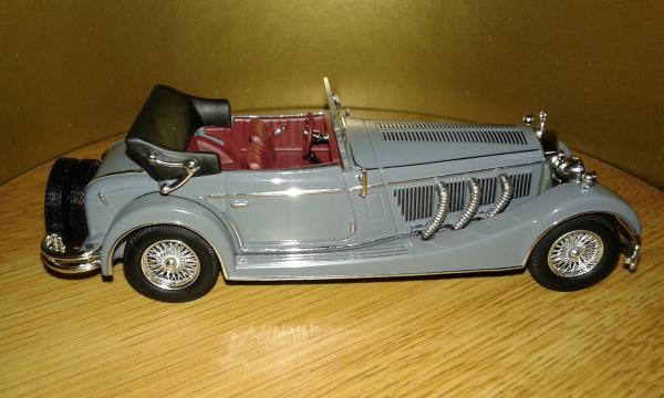 Mercedes-Benz SS (IXO) [1933г., серый, 1:43]