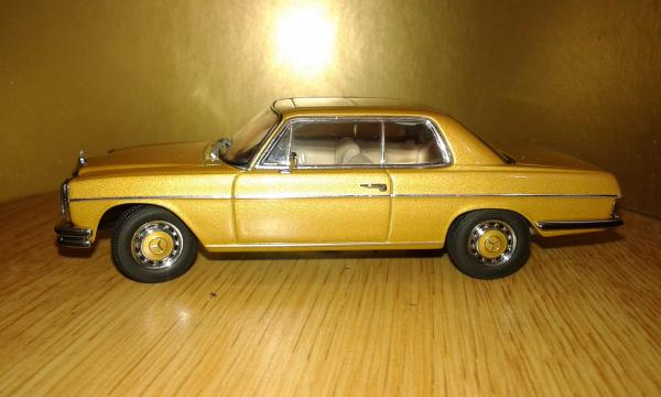 Mercedes-Benz 8 280C Coupe (Autoart) [1972г., золотистый, 1:43]