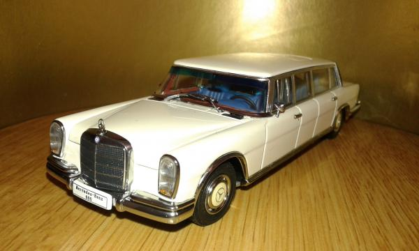Mercedes-Benz 600 Pullman LWB (Autoart) [1963г., белый, 1:43]
