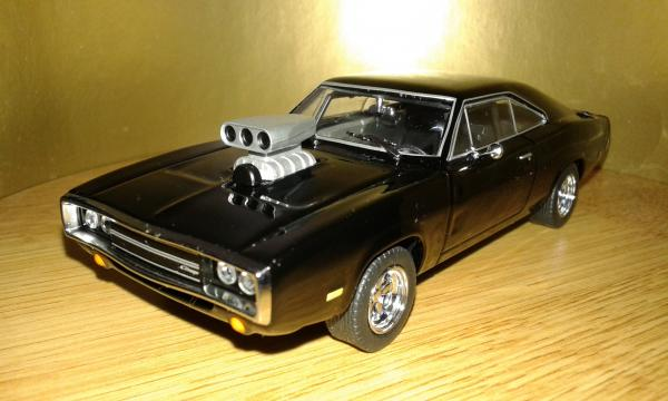 Dodge Charger R/T (Greenlight) [1970г., черный, 1:43]