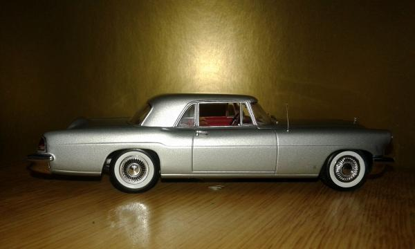 Lincoln Continental Mk II (Minichamps) [1956г., серебристый, 1:43]