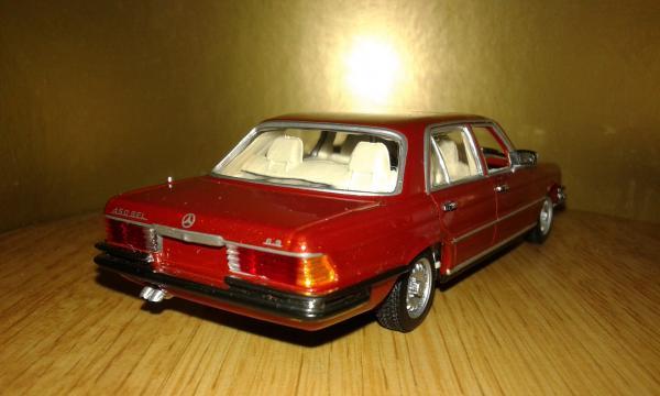 Mercedes-Benz 450SEL 6.9L (Minichamps) [1974г., красный металлик, 1:43]