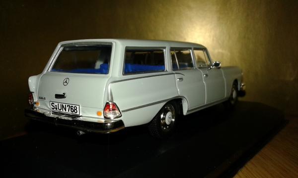 Mercedes-Benz 230S Universal (WhiteBox) [1967г., серый, 1:43]