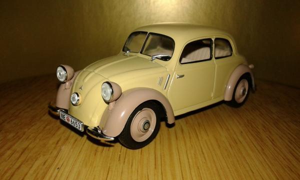 Mercedes-Benz 170H (WhiteBox) [1938г., бежевый коричневый, 1:43]