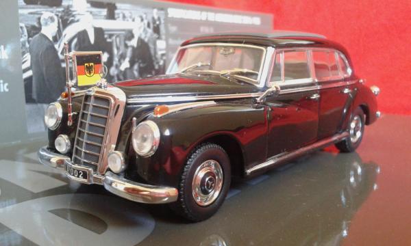 Mercedes-Benz 300b Konrad Adenauer (Minichamps) [1955г., черный, 1:43]