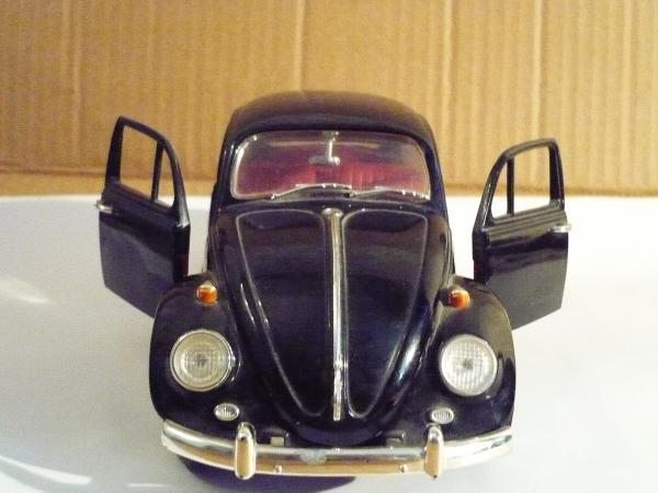 Folkswagen Beetlee, 1967 года (ATL) [1967г., черный, 1:18]