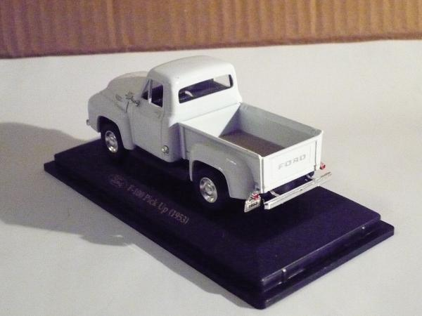 Ford F-100 Pick Up 1953 (Road Signature) [1953г., белый, 1:43]