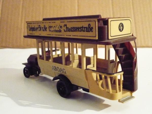 Берлинский автобус Daimler, 1911год (Veb Plastspielwaren, Berlin) [1911г., комбинированный, бежевый с коричневым, 1:43]