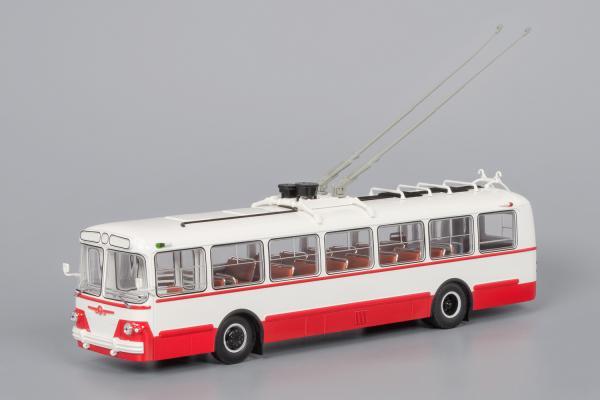 ЗиУ-5г (Classicbus) [1966г., белый/красный, 1:43]