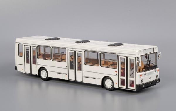 ЛиАЗ-5256 .00 (Classicbus) [1990г., белый, 1:43]