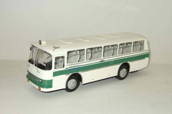 Автобус Лаз 697Н Турист (Vector-Models) [1974г., белый/зеленый, 1:43]