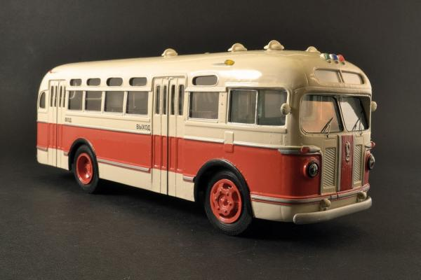 ЗИС-155 (Vector-Models) [1949г., Бежевый/ красный, 1:43]