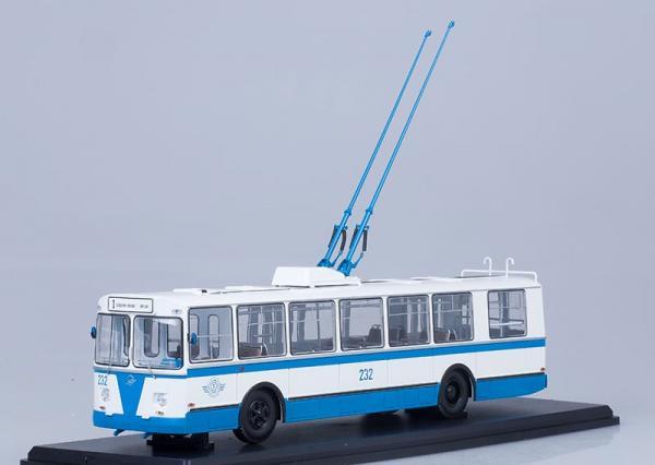 ЗИУ-682Б (Start Scale Models (SSM)) [1972г., голубой/белый, 1:43]