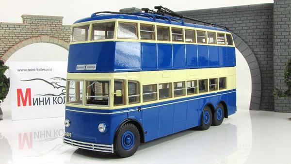ЯТБ-3, двухдверный (ULTRA Models) [1939г., синий/кремовый, 1:43]