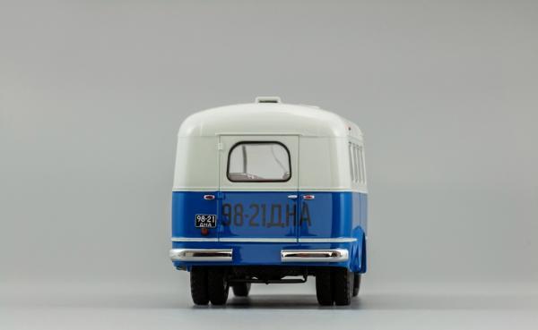 """ПАЗ-651А """"Автобаза-Служебный (DiP Models) [1955г., синий с белым верхом, 1:43]"""