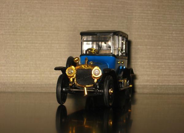 Руссо-Балт С24/40 лимузин-берлин (Тантал-Радон-Агат) [1913г., разнообразная цветовая политра, 1:43]