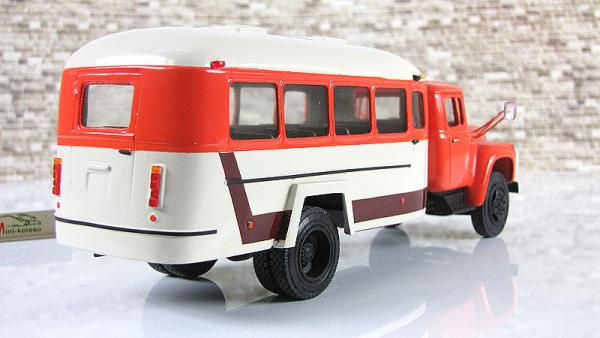 Кавз-4959 (шассиЗИЛ-130Г-80) (Nik models) [1980г., оранжевый/белый, 1:43]