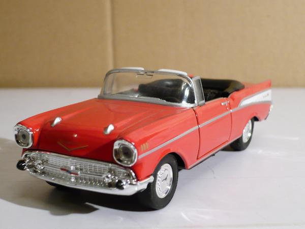 Chevrolet Bel Air (Welly) [1957г., красный, 1:43]