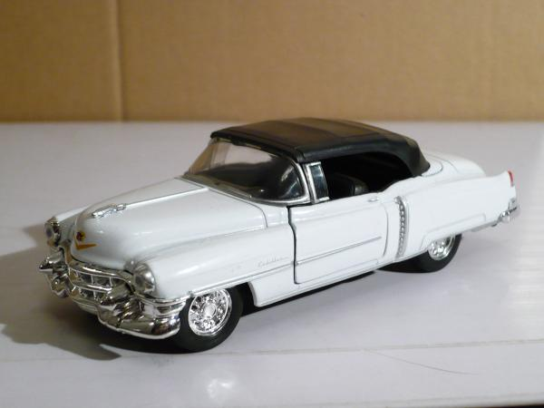 Cadillac Eldorado (Welly) [1953г., белый, 1:43]