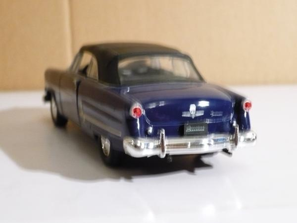 Ford  Crestline Sunliner (Welly) [1953г., тёмно-синий, 1:43]