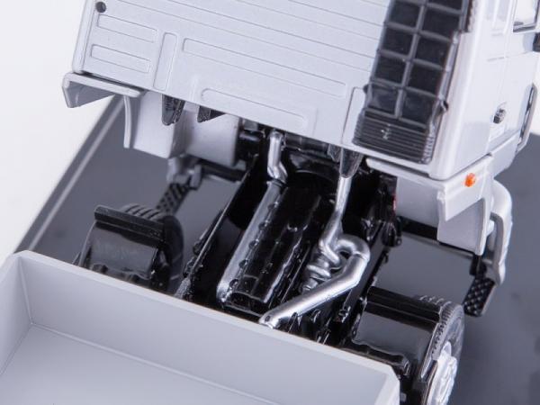 МАЗ-5340 бортовой (Start Scale Models (SSM)) [2010г., белый/серый, 1:43]