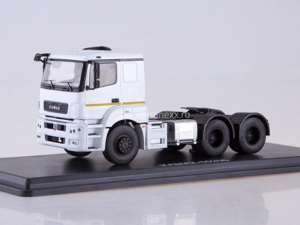 КАМАЗ-65206 седельный тягач (Start Scale Models (SSM)) [2015г., белый.черный, 1:43]