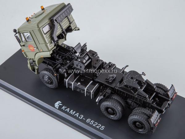 КАМАЗ-65225 6x6 седельный тягач (Start Scale Models (SSM)) [2015г., зеленый(хаки)/черный, 1:43]