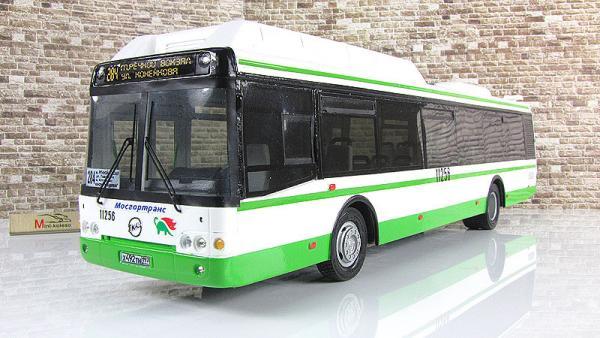 ЛИАЗ-5292.71 газобаллонный (Vector-Models) [2003г., зеленый.белый, 1:43]