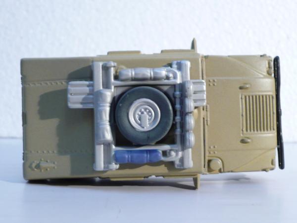 Hummer H1 (Maisto) [1992г., песчаный, 1:43]