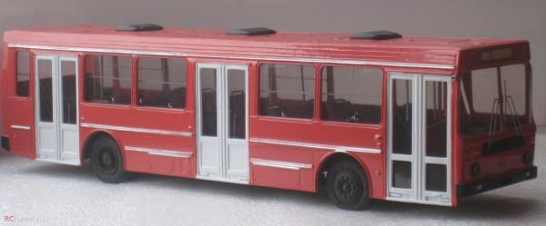 ЛиАЗ-5256 (ФиНоКо) [1986г., красный.белый, 1:43]