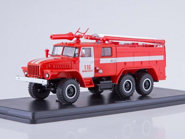 Урал 43202 (АЦ-40 ) ПМ-102Б Ликино-Дулево (Start Scale Models (SSM)) [1977г., красный/белый, 1:43]