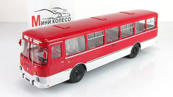 Лиаз-677М (Vector-Models) [1986г., белый/красный, 1:43]