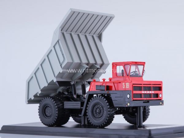 БЕЛАЗ-7522 карьерный самосвал (Start Scale Models (SSM)) [1968г., красный/серый, 1:43]