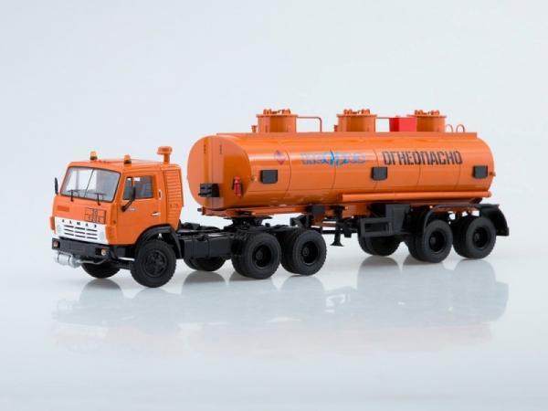 КАМАЗ-54112 с полуприцепом НЕФАЗ-96742 (Start Scale Models (SSM)) [1980г., оранжевый, 1:43]