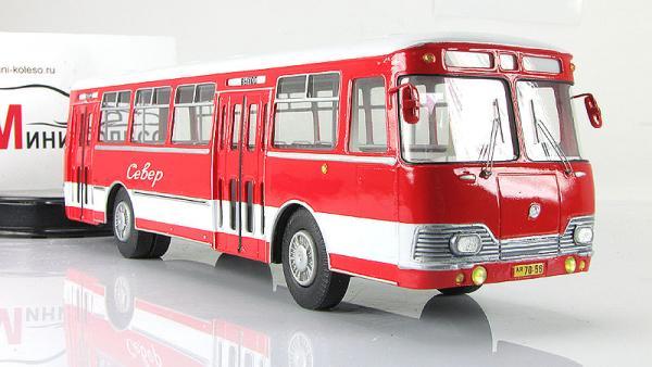 Лиаз-677А (Vector-Models) [1970г., красный/белый, 1:43]