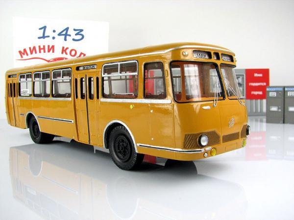 Лиаз-677 (МОСХИМВОЛОКНО (МХВ)) [1980г., охра, 1:43]