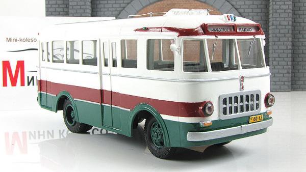 РАФ-251 маршрутный (Vector-Models) [1956г., белый/бордовый/зеленый, 1:43]