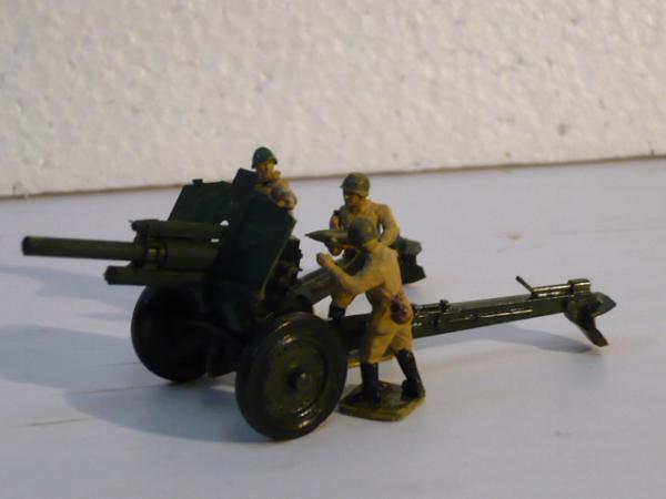 советская 122-мм дивизионная гаубица образца 1938 года м-30 (ОАО Звезда) [хаки, 1:72]