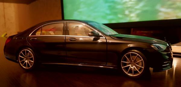 Mercedes Benz S class 2018 (Norev) [2013г., Черный, 1:18]