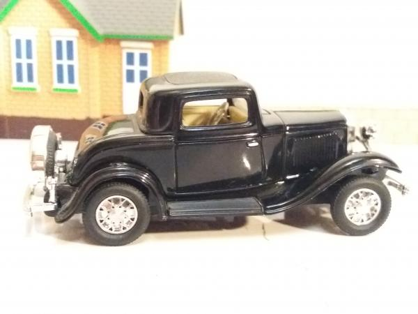 Ford 3-window coupe (Road Signature) [1932г., черный, 1:43]