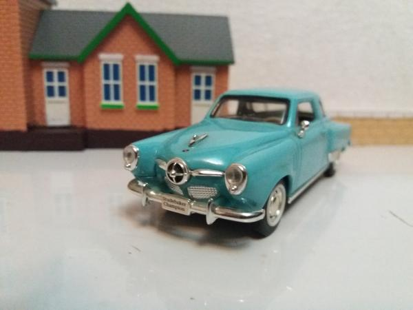 Studebaker Campion (Road Signature) [1950г., голубой, 1:43]
