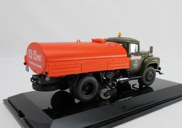 ЗИЛ ПМ-130Б  Поливомоечный (DiP Models) [1978г., хаки.оранжевый, 1:43]