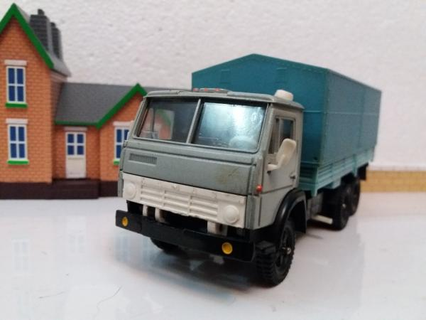 КАМАЗ-5320 (Элекон) [1976г., серый, кузов голубой, 1:43]