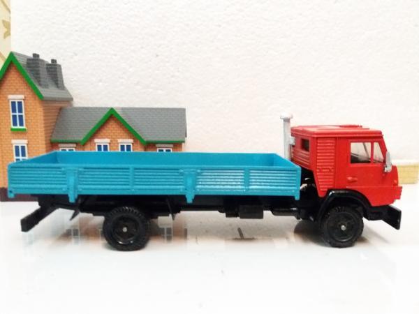 КАМАЗ-5325 (Элекон) [1988г., красный с голубым кузовом, 1:43]