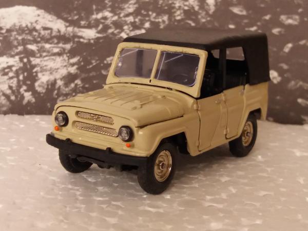 УАЗ-469 (А-34) (Ульяновский автозавод) [1972г., сафари, 1:43]