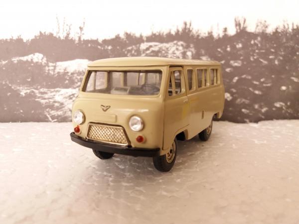 УАЗ-452В (А-41) (Ульяновский автозавод) [1965г., сафари, 1:43]